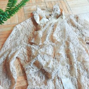 VINTAGE • peach Victorian lace blouse
